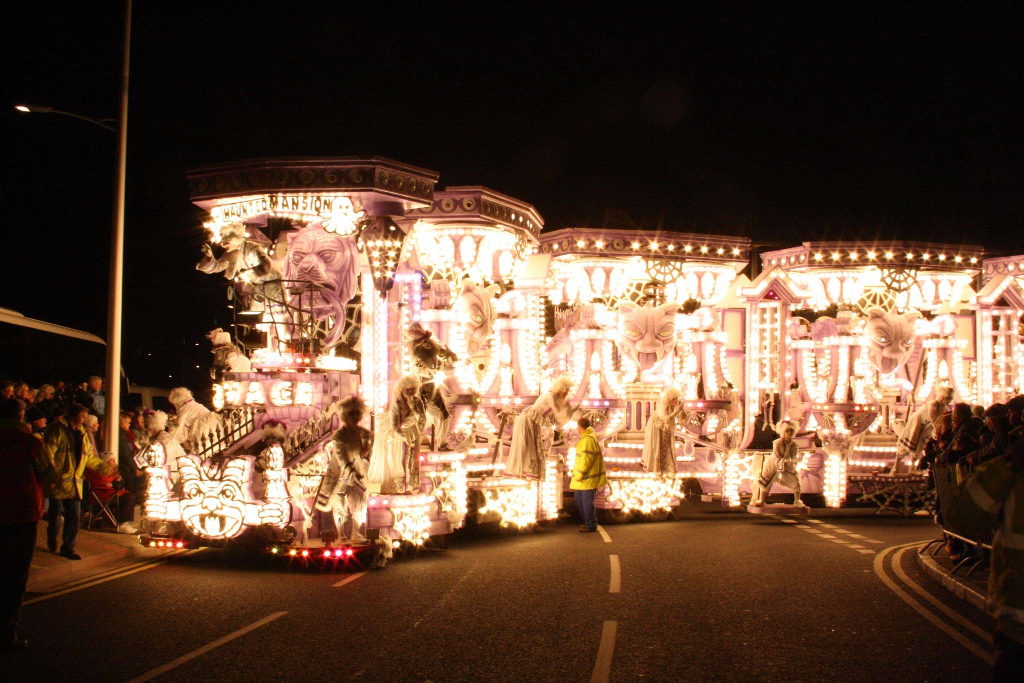 weston super mare carnival with global buddies